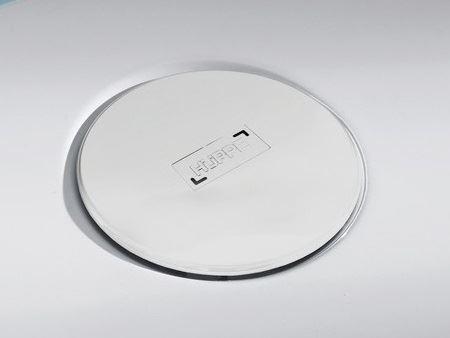 Hüppe EasyStep Sifon s bílou krytkou a se stavební výškou 90mm a s průtokem až 0,8l/s. Výška zápachové uzávěry 50mm